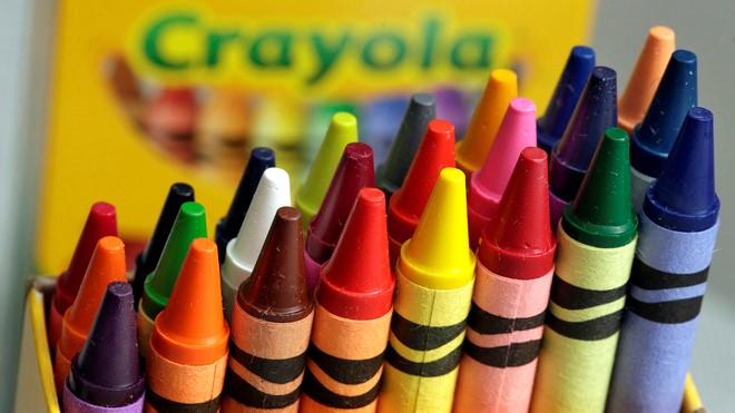 Bút màu đồ chơi cho bé trai 1 tuổi